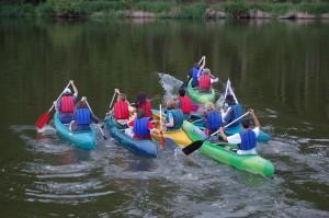 letní sportovní aktivity - vodácký kurz